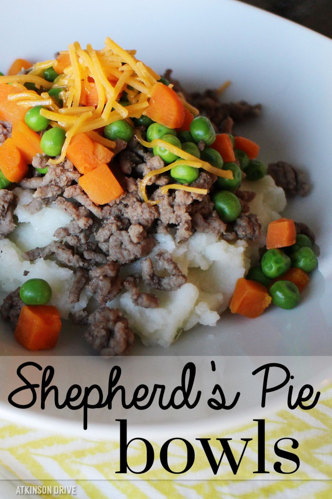 Shepherd's Pie Bowls: a quick & easy, modern twist on a traditional comfort food. Great for Family Dinner Night! /// by Atkinson Drive